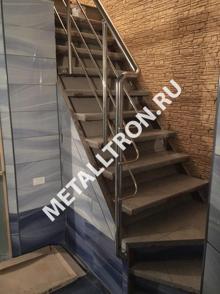 Изготовление и монтаж лестниц из нержавейки для частного дома