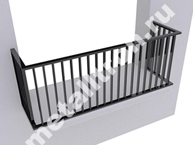 Ограждения балконов из черного металла